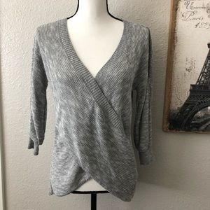 NWT Express Knit Pullover VNeck Gray Sweater Sz XS